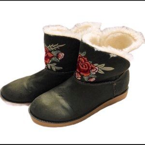 Rock and Candy Green with Tan Faux Fur Lining Rose Embroidered Winter Boots